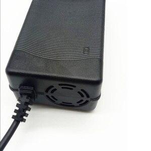 Image 2 - Chargeur de batterie 58.8V 3A pour 14S 48V Li ion batterie vélo électrique chargeur de batterie au lithium de haute qualité forte avec ventilateur de refroidissement