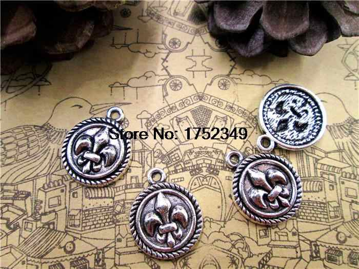 25 pcs-Putaran Fleur de Lis Pesona, Antique Tibet perak Tone tierraCast French Lily Charms 15x17mm