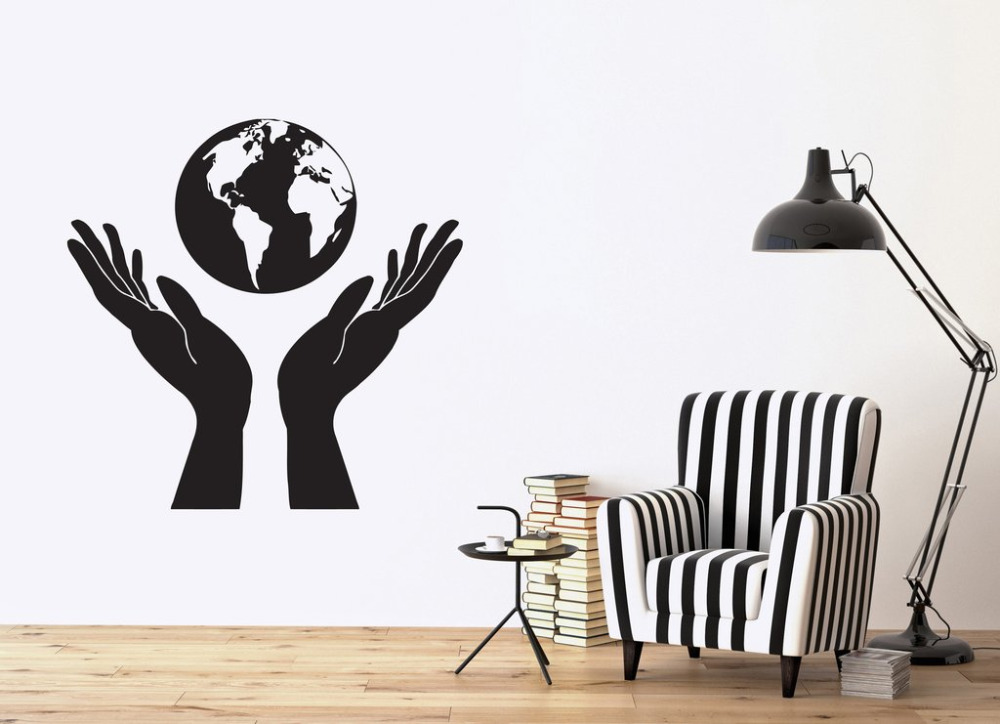 Design Nature Vinyl Wall Stickers Hands Holding a Globe People Protect Earth Wall Sticker Decor Kids Room Mural SA216