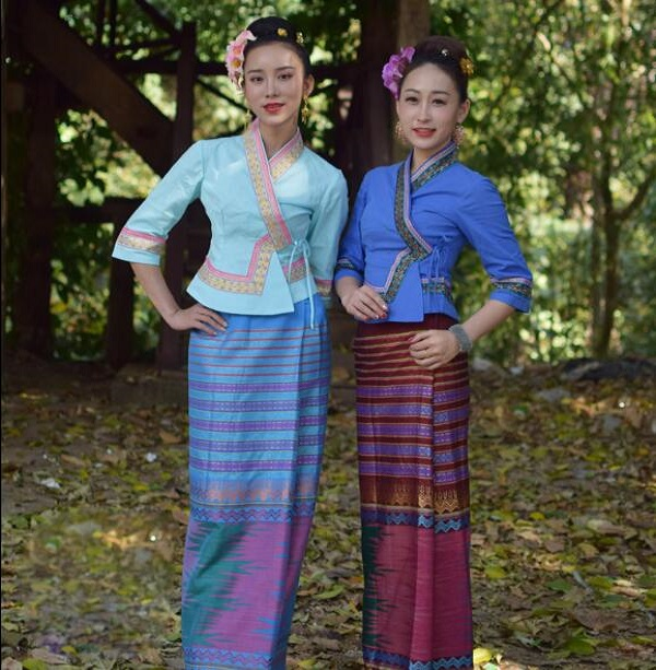 South East Asia Ethnic Dai Princess Dress Dai Traditional Clothing Summer Half Sleeve Top + Skirt Women Sprinkler Festival Suits