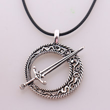 Dark Souls 3 Blade of the Dark Moon Pendant Covenant Dark Souls 3 Sword Pendant Necklace Leather Rope Game Steampunk Jewelry(China)