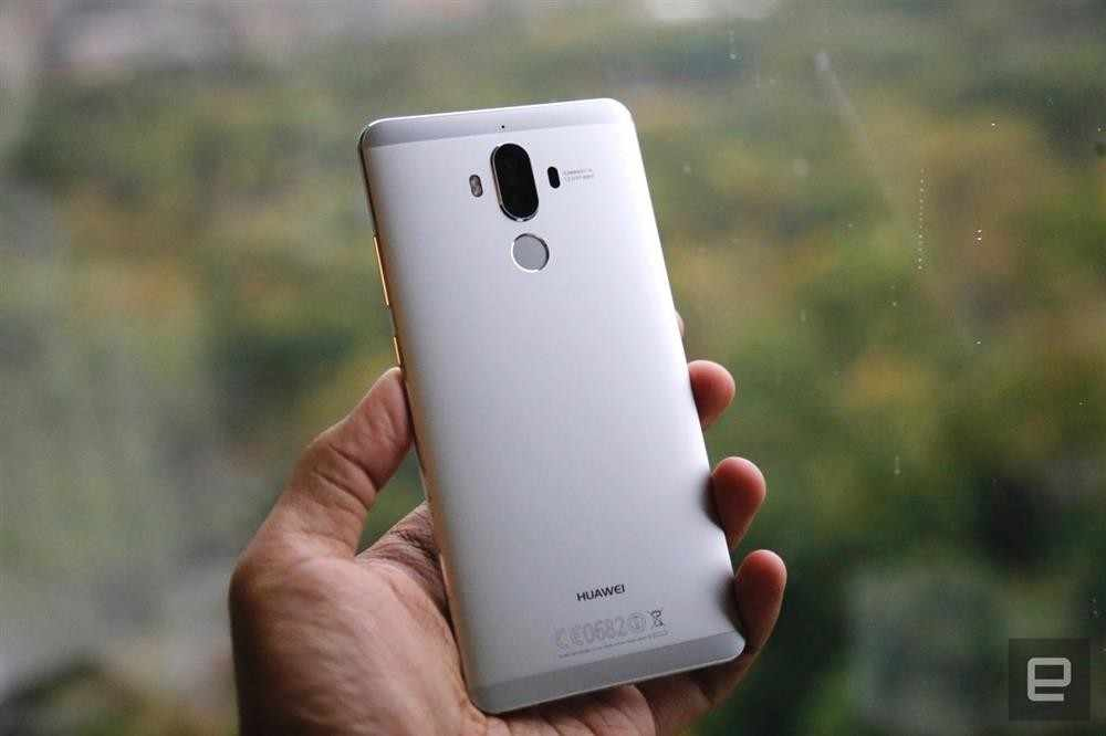 "Versi Global Huawei Mate 9 MHA-L29 Ponsel Kirin 960 Android 7.0 5.9 ""1920X1080 4GB RAM 64GB ROM 20.0MP NFC Android Pay"