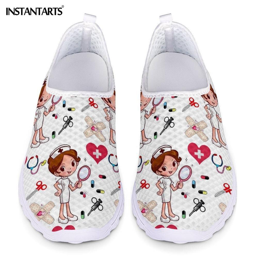 Instantarts nova enfermeira dos desenhos animados médico impressão tênis feminino deslizamento em malha de luz sapatos verão respirável sapatos planos zapatos