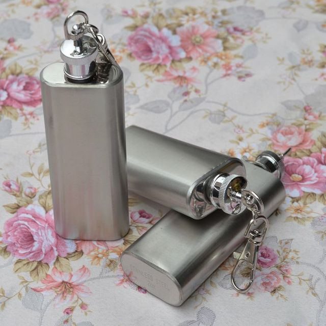 2pcs/lot New portable 2oz Mini Stainless Steel Hip Flask Alcohol Flagon with Keychain free shipping