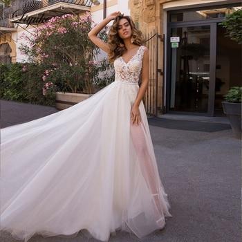 Vestido de novia Liyuke Simple con escote en V profundo en la playa una línea con vestido de novia de tul hinchado