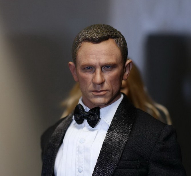 1/6 scale figure head shape for 12 Action figure doll James Bond 007 Daniel Craig doll head, not include body and clothes