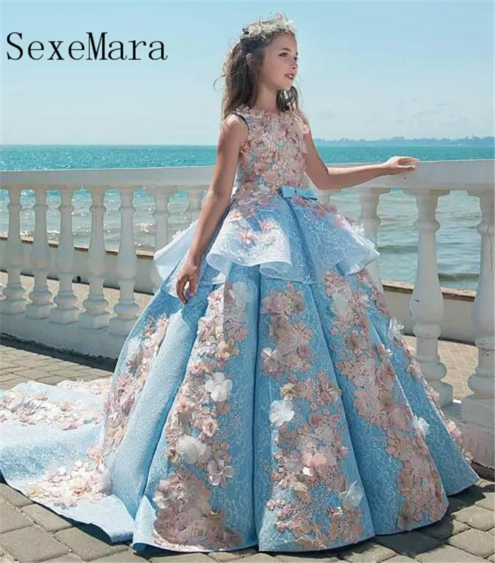 Luxury   Flower     Girl     Dress   For Wedding with 3D Floral Appliques Ruffle   Girls   Pageant   Dress   Sweep Train Custom Made Pageant Gowns