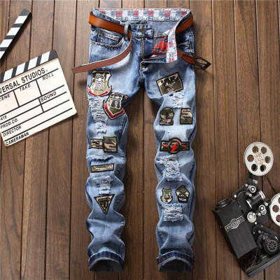 Proka Pnordy 2017 Mens badge patch ripped biker jeans Casual snow acid washed denim pants Pleated slim straight long trousers