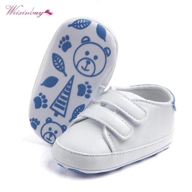 Дети мягкой подошве спортивной Спортивная обувь из искусственной кожи белые Обувь для младенцев классический Повседневное новорожденный мальчик девочка Обувь для малышей