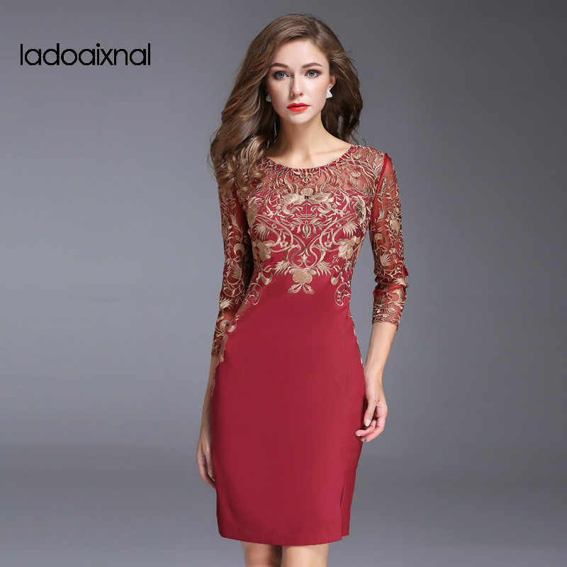 4da515bd63f Iadoaixnal High quality sexy women red black 3 4 sleeve o-neck embroidery  women