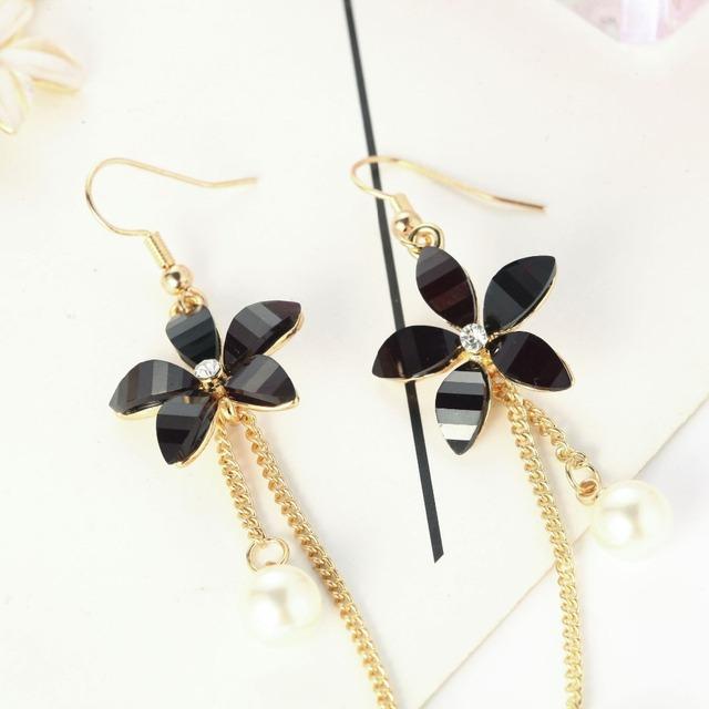 Long Pearl Flowers Simple Dangle Earrings