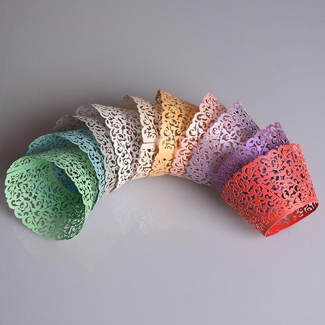 25 PCS Multicolor Pouco Videira Envoltórios Do Queque Do Laço Oco Bolo Copo de Papel Chá da Festa de Aniversário de Casamento Ferramentas de Cozimento Wraps
