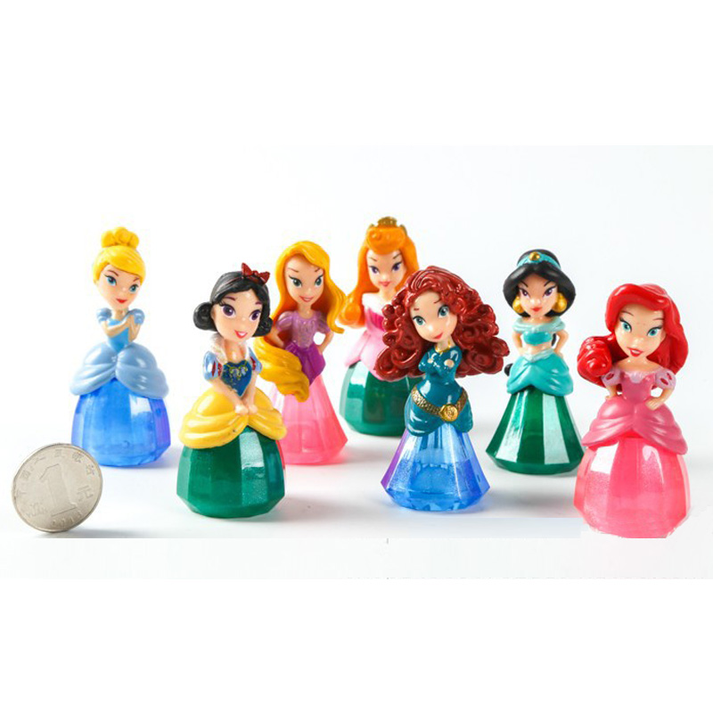 Wholesale 70pcs set Mini fashion crystal Dolls Princess Rapunzel doll Snow White Cinderella Belle dolls toys