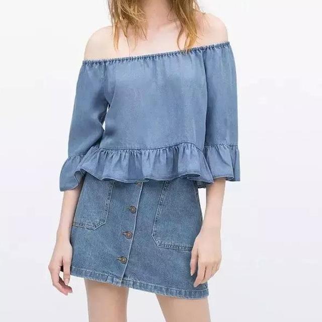 Sexy Women Off the Shoulder Denim Cotton Loose Short Blouse Sexy 3/4 Sleeve Denim Blue Casual Top Shirt
