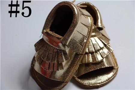10 par/lote 2016 de oro Genuino de verano muchachas de los bebés zapatos Primeros Caminante Del Niño del bebé mocasines de piel de cabra para bebés recién nacidos