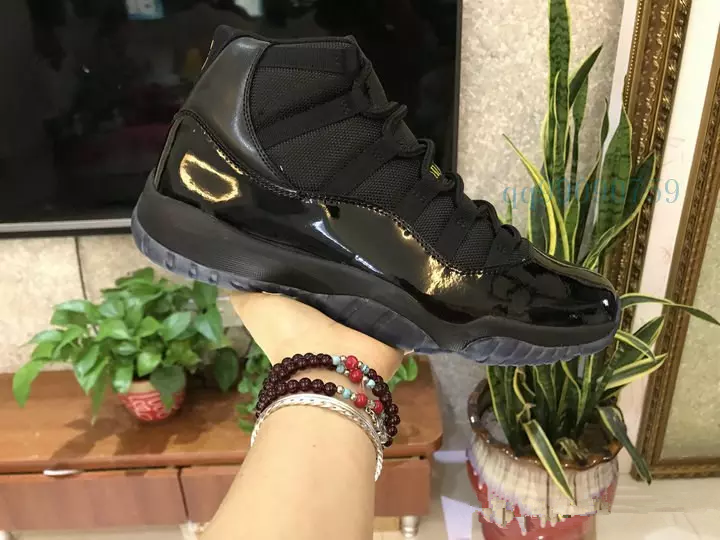 7d7b331fa2c 2018 11s Prom Night Basketball Shoes 11 Men Women cap and Gown Gym Red  space jam ...