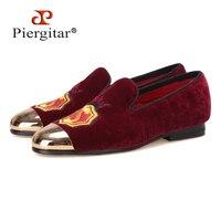Новые женские бархатные туфли ручной работы с металлическим носком золотистого цвета и аппликацией винно Красного цвета на выпускной вече