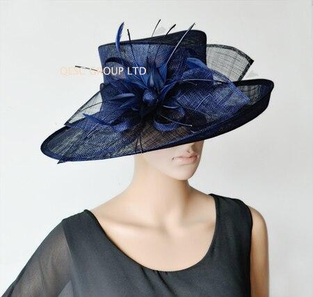 Темно синие вводной широкий платье с полями шляпка для церкви шапки с перо цветы для Ascot рас, свадьба, Кентукки Дерби вечерние. QHS063 - Цвет: Navy blue