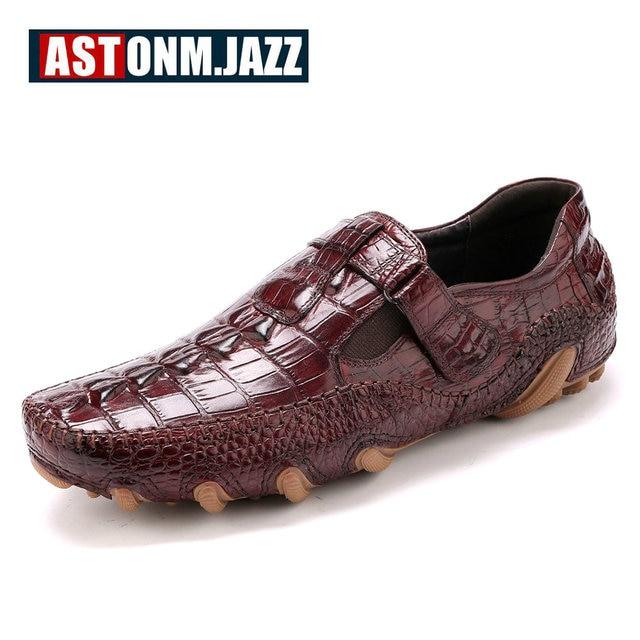 Mocasines hombre de negocios, zapatos piel nueva moda estilo cocodrilo.