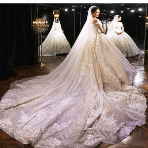 Image 2 - חתונת שמלת 2020 גברת Win את Elelgant קצר שרוול סקסי V צוואר נסיכת יוקרה תחרה רקמה בלינג בלינג חתונה שמלות F