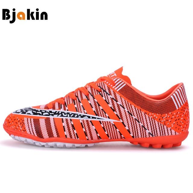 a412ff593 Bjakin المرابط الرجال لكرة القدم أحذية Skidproof ل كسر المسامير كرة القدم  أحذية الاطفال المرابط داخلي