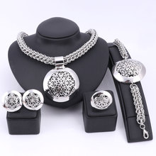 أحدث فاخر كبير دبي الفضة مجوهرات مطلية مجموعات موضة النيجيري الزفاف الخرز الأفريقي زي قلادة الإسورة القرط الدائري