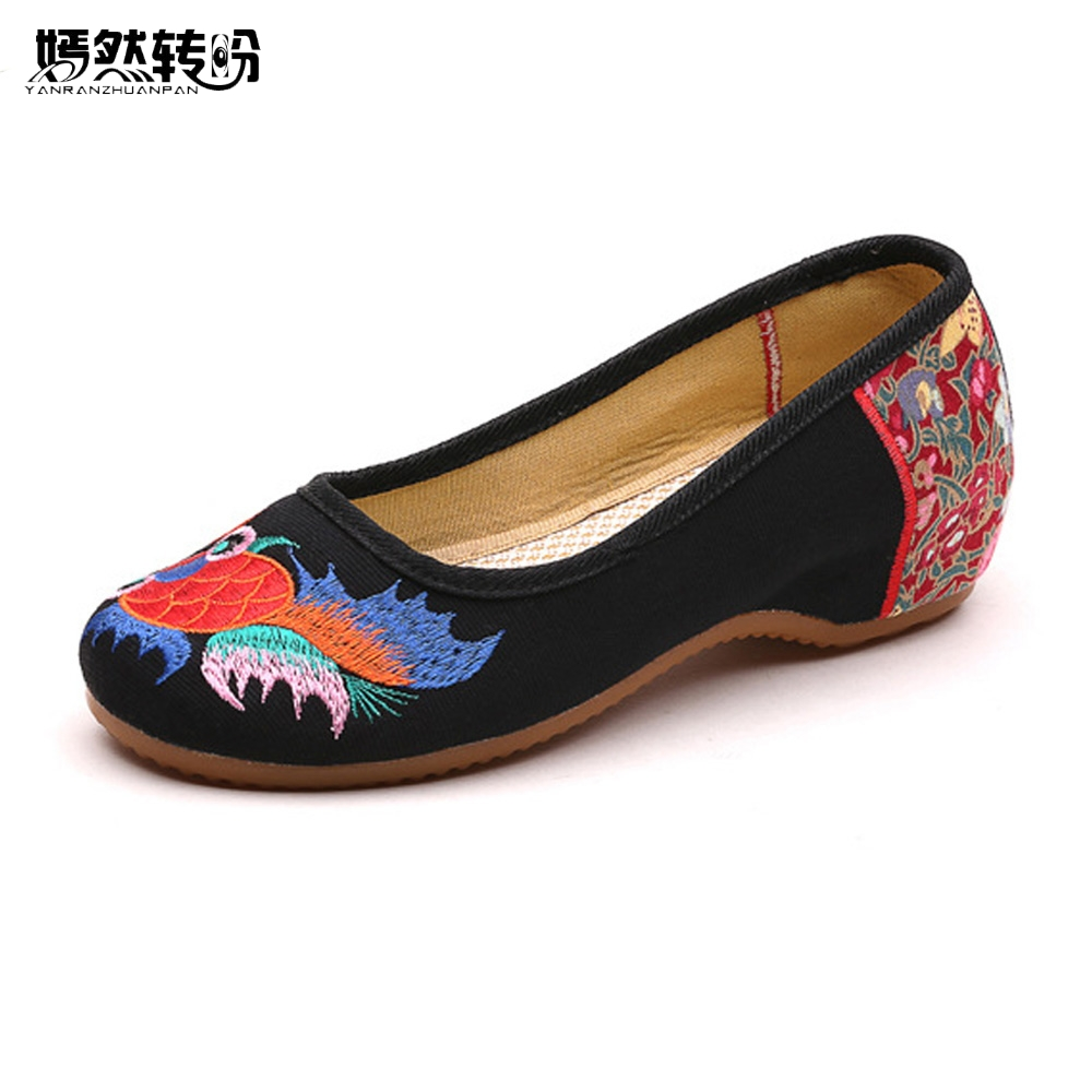 Summer Women Flats Shoes Old Peking Goldfish Embroidery Loafers Slip On Casual National Dance Ballet Shoes Woman Zapatos Mujer women flats old beijing floral peacock embroidery chinese national canvas soft dance ballet shoes for woman zapatos de mujer