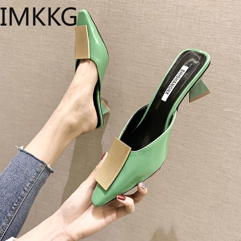 2019 Summer Fashion Women Pointed Toe Slipper Low Heels Outsides Ladies Slides Luxury Brand Beach Mules Shoes F90097