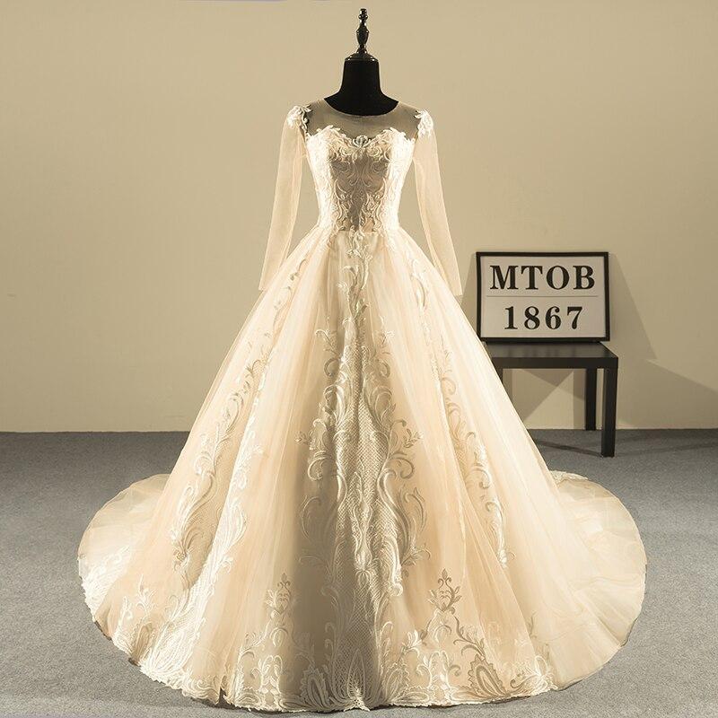 Nuovo Design Abito di Sfera Abiti Da Sposa In Pizzo 2018 O-Collo Vintage Backless Sexy di Champagne Abiti Da Sposa China Shop Online MTOB1808