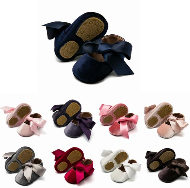 New Silk Bow Girls Crib Brand Baby Toddlers First Walkers Baby Moccasins Rubber Bottom Pu Suede Leather Baby Shoes 0-18 Months