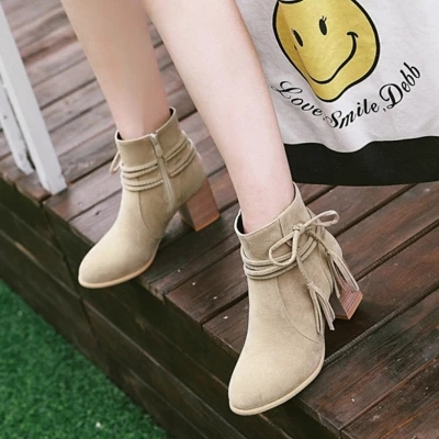 b1e92485cc6 2018 autumn new Chelsea booties women s car line thick bottom round head  fashion personality boots tide wild