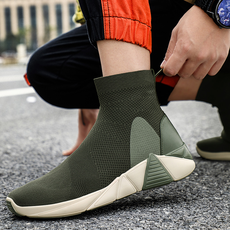 2019 New High Top Men Sneakers Summer Breathable Socks Sneakers Women Flats Sports Walking Shoes Couple Outdoor Running Shoes