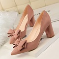 New Spring Women High Heels Shoes Elegant Sweet Bow Thick Heeled Shallow Point Flock Suede Female Single Shoes Low Heel G1376-1