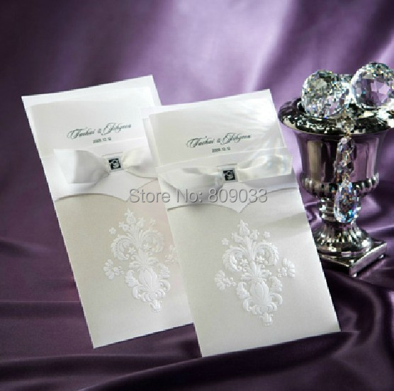 High Quality Elegant Wedding Invitation With A Nice Bow Cards