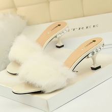 2019 New Fur Slides Womens Real Fox Slippers Shoes Flip Flops Flat Fluffy Sliders Retail Wholesale
