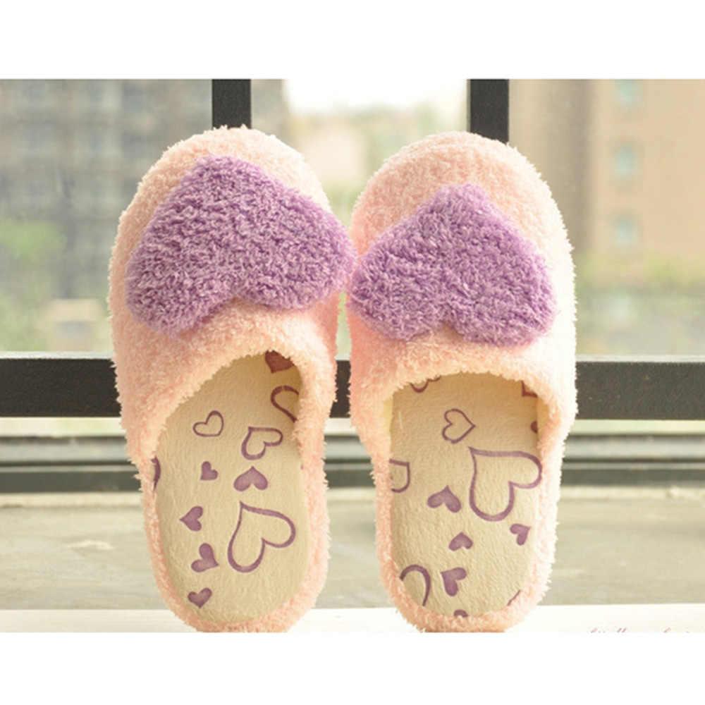 1 çift Moda kadınlar sevimli peluş aşk pamuk terlikler sıcak kış yumuşak ayakkabı Ev peluş ev terliği sürükle botları Kalp şekli 2018