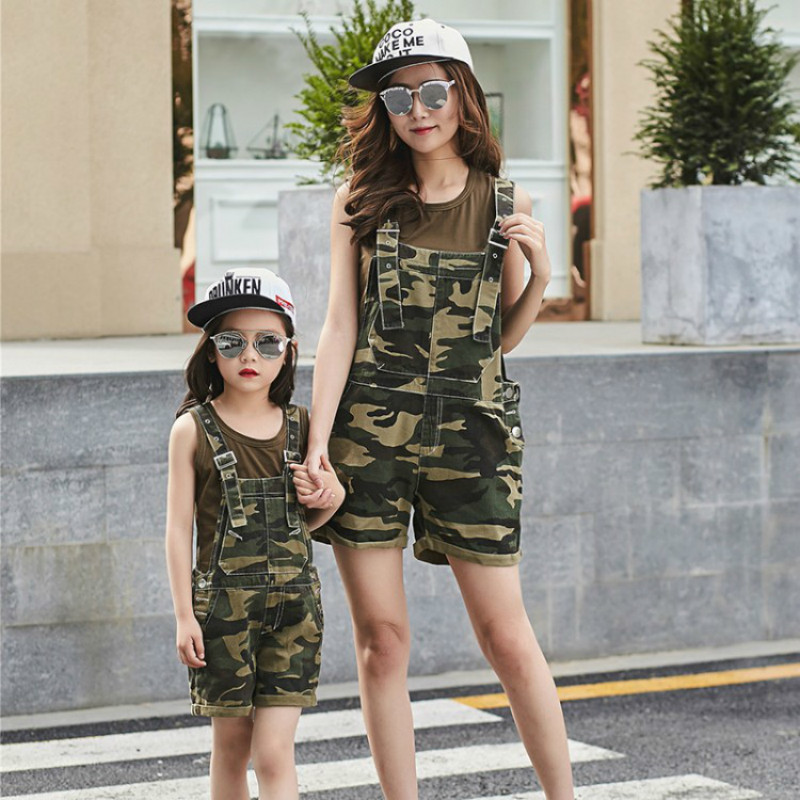 Mother Daughter Clothes Sets Family Matching Clothing Sets Mom Girls Camouflage Dress+t Shirts 2pcs Family Look Clothing Suits 2018 new classical cheongsam children clothes women girls family look matching clothing mother daughter mom