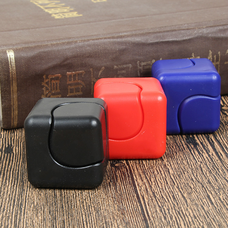 Santtiwodo Cube Fidget Toy Hand Spinner Bearing Hand