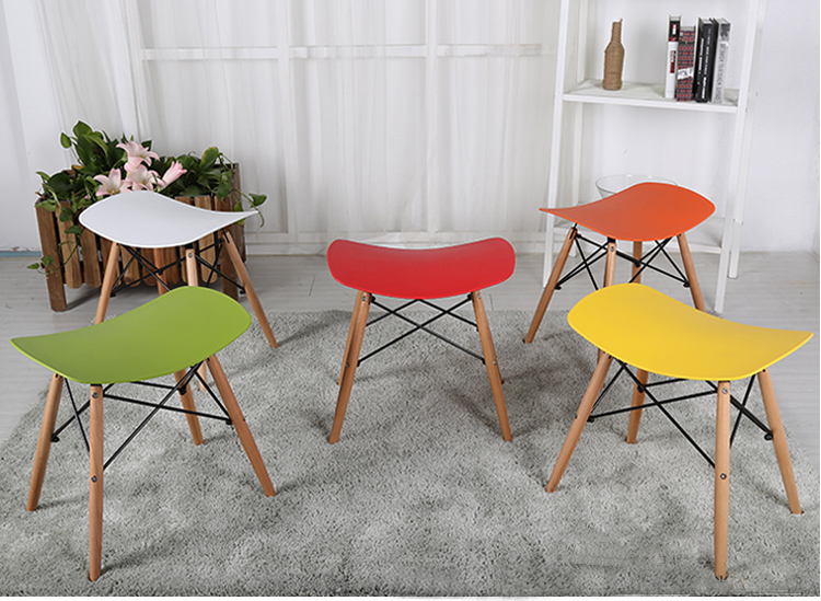 Minimalist Modern Design Plastic And Wood Dining Stool Chair Shoes Changing  Stool Makeup Stool Ottomans Stool Low Stool Chair In Stools U0026 Ottomans From  ...
