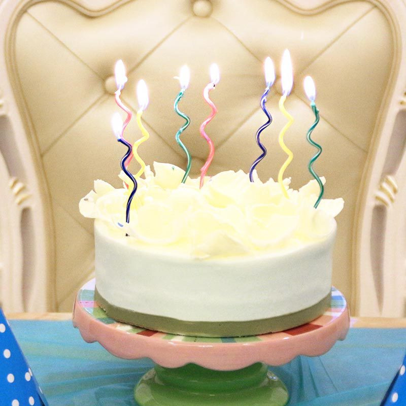 8pcs/Bag Colored Curving Cake Candle Safe Flames Kids Birthday Party Wedding Cake Candle Home Decoration Birthday Party Toys
