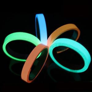 Image 2 - Yansıtıcı Glow Bant Kendinden yapışkanlı Etiket Çıkarılabilir Parlak Bant Floresan Parlayan Koyu Çarpıcı Uyarı Bandı