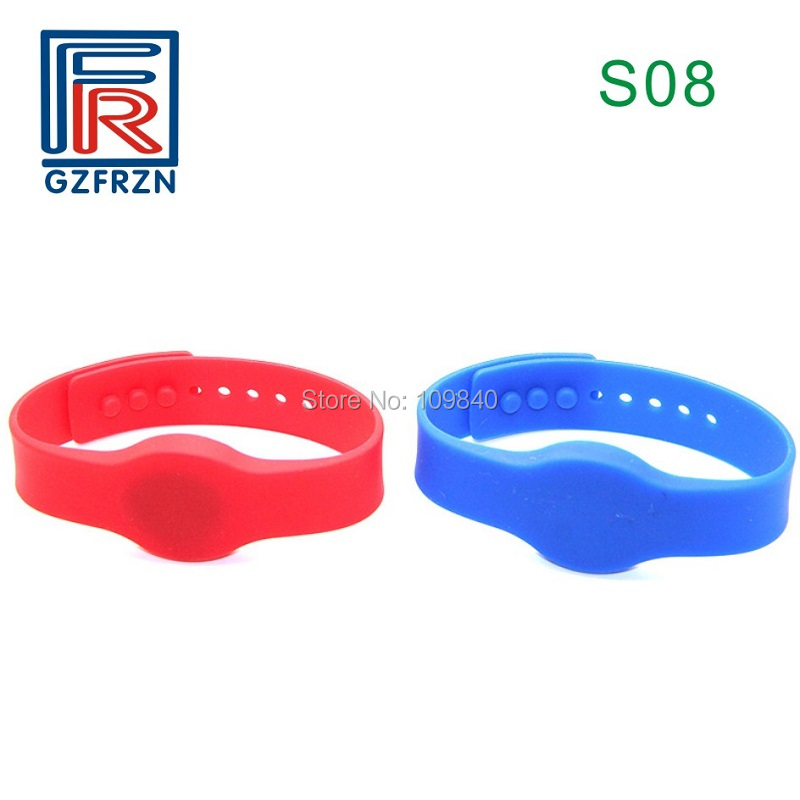 100pcs/lot S08 Style 13.56mhz Electronic Identification Bracelet Waterproof Silicone Wristband For NFC Hotel Access Control