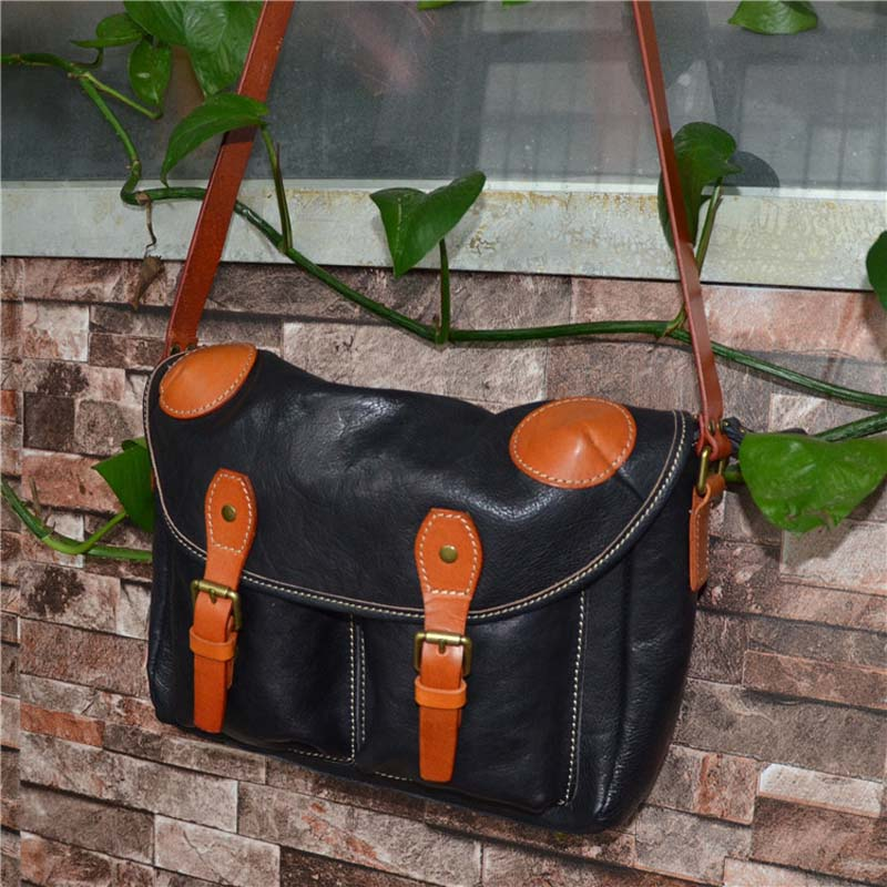 AETOO Vegetable tanned leather hand wrapped tree cream European and American style Messenger men and women
