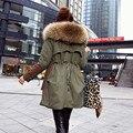 Novo 2017 Casacos de Inverno Mulheres Jaquetas Grande Gola de Pele De Guaxinim grossa de Algodão Acolchoado Revestimento Das Senhoras Para Baixo & Parkas exército verde H11