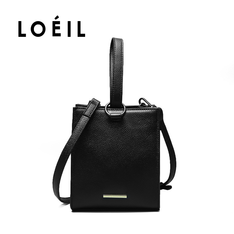 купить LOEIL The first layer of leather bag female 2018 new women's bag women's shoulder Messenger bag simple fashion small square bag по цене 4211.77 рублей