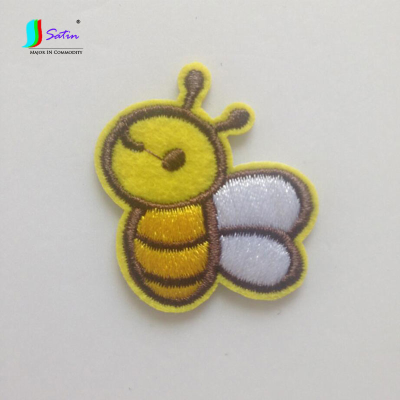 Clothes Accessories,denim T-shirt Dress Hole Decal Decoration Accessories A0126f Cartoon Patch Cloth Wholesale Cute Little Bee