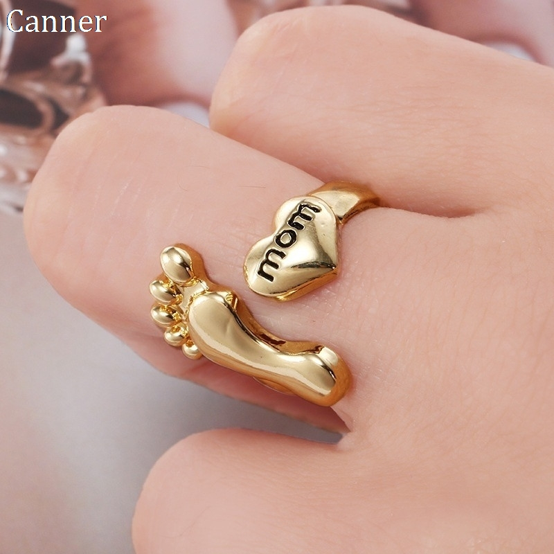 New Creative Gold Family Letters Mom Dad Love Foot Ring Cute Baby Foot & Heart Adjustable Rings Anel Jewellery Gifts