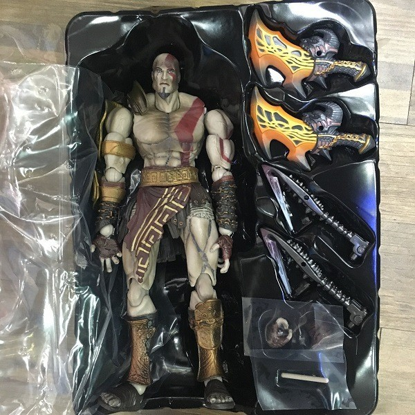 2017 new Square Enix God of War III: Play Arts Kai: Kratos Action Figure Free shipping