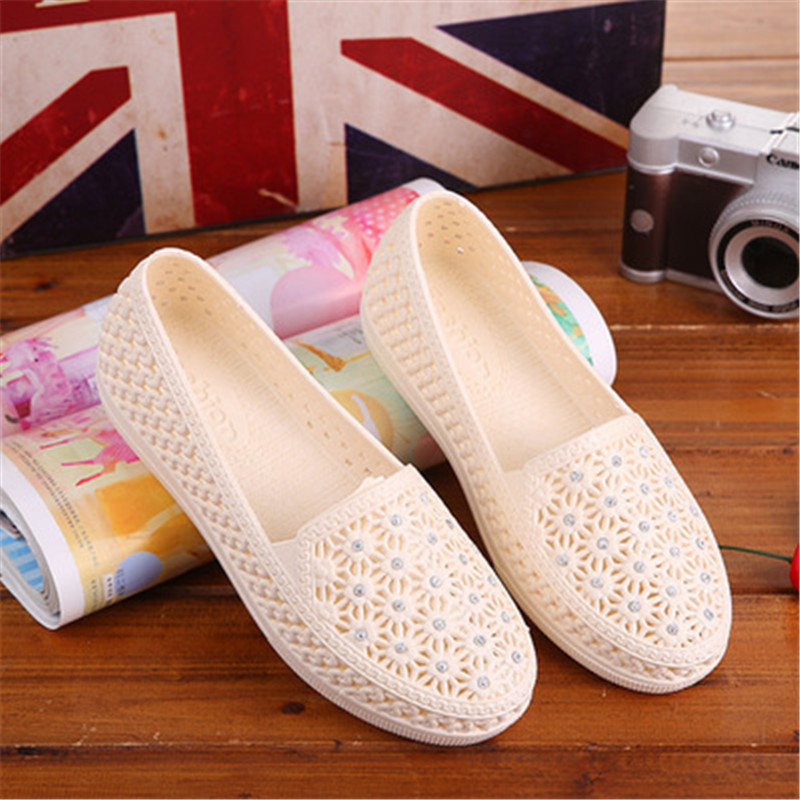 QUDUOWEI New 2018 Women's Sandals Summer Women Shoes Casual shoes Mesh Flats Hollow Diamond Fashion ladies Sandals xq new breathable cloth shoes fashion women hollow out summer casual shoe air mesh flat shoes sandals non slip ladies shoes s102