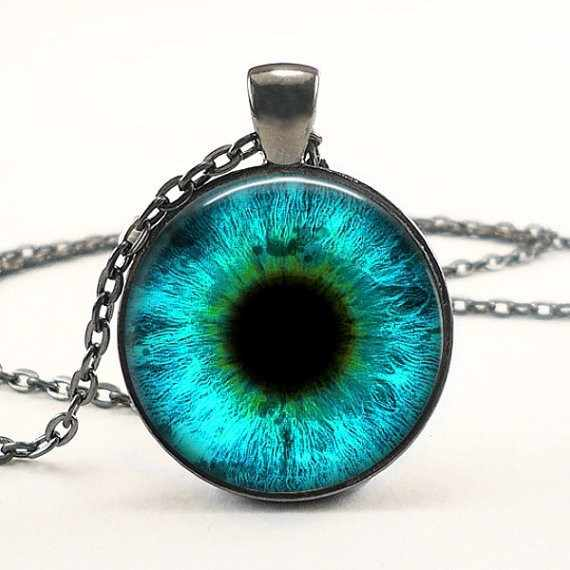 2017 New Round Photo Jewelry Dragon Eye Necklace  Eyes Pendant Glass Dome Necklaces Silver Pendants HZ1
